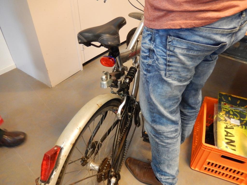 7-fiets-met-achterlicht